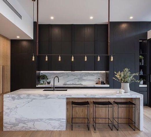 musta+marmori